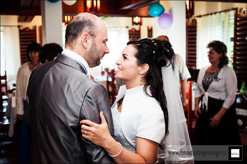 Svatební fotograf - Bruntál (113)