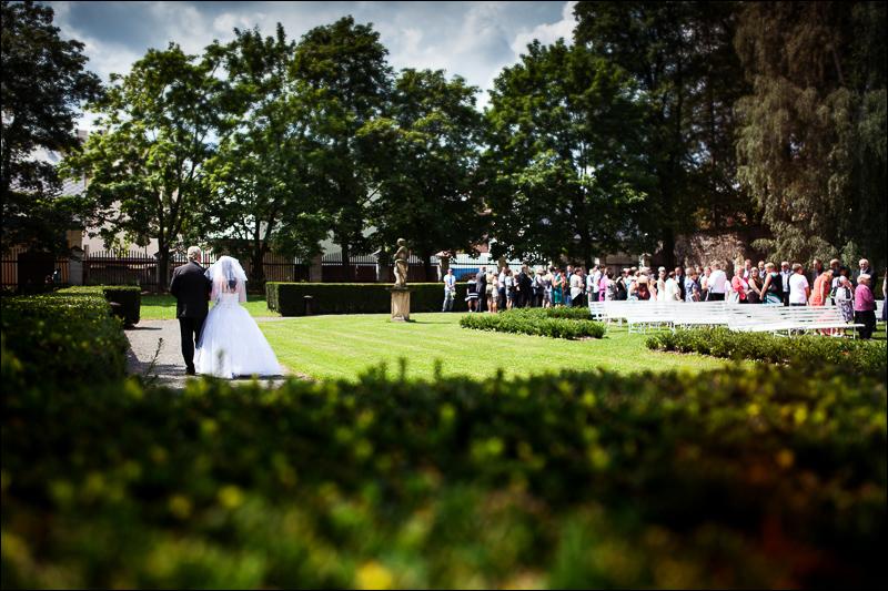 Svatební fotograf - Bruntál (29)