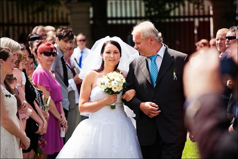 Svatební fotograf - Bruntál (30)