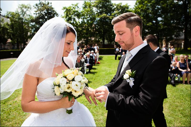 Svatební fotograf - Bruntál (36)
