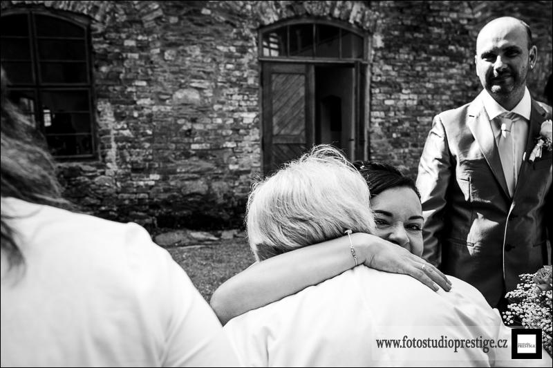 Svatební fotograf - Bruntál (51)