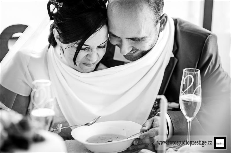 Svatební fotograf - Bruntál (83)