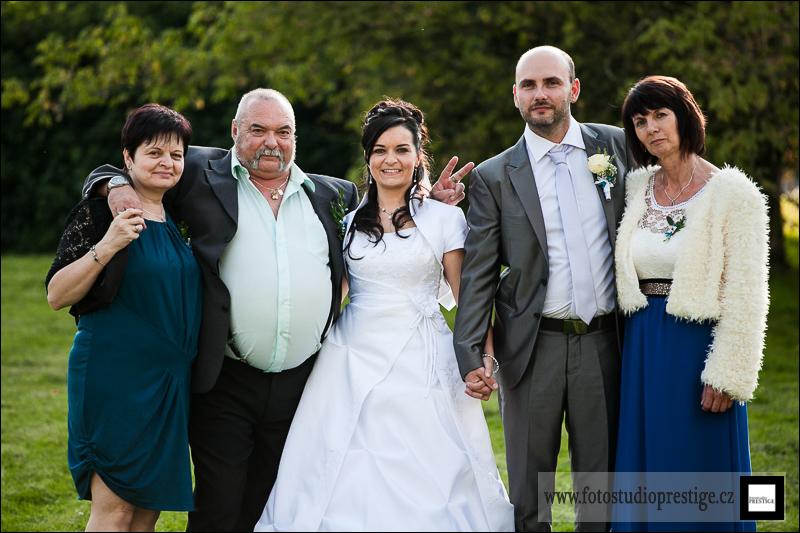 Svatební fotograf - Bruntál (98)