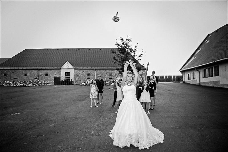 Svatební fotograf bruntál - fotostudio prestige (120)