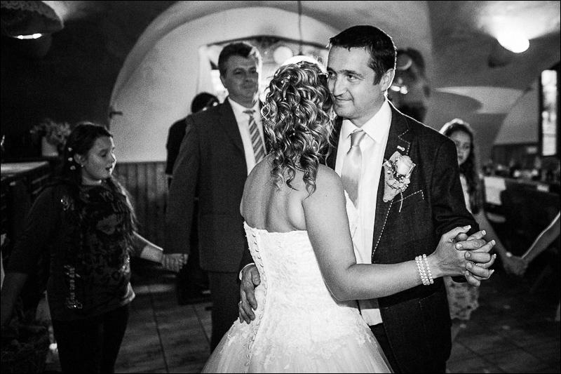 Svatební fotograf bruntál - fotostudio prestige (122)