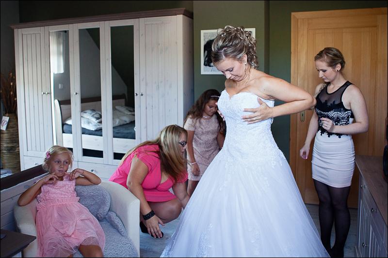 Svatební fotograf bruntál - fotostudio prestige (20)