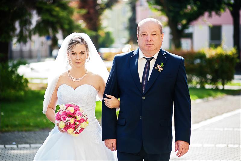 Svatební fotograf bruntál - fotostudio prestige (30)