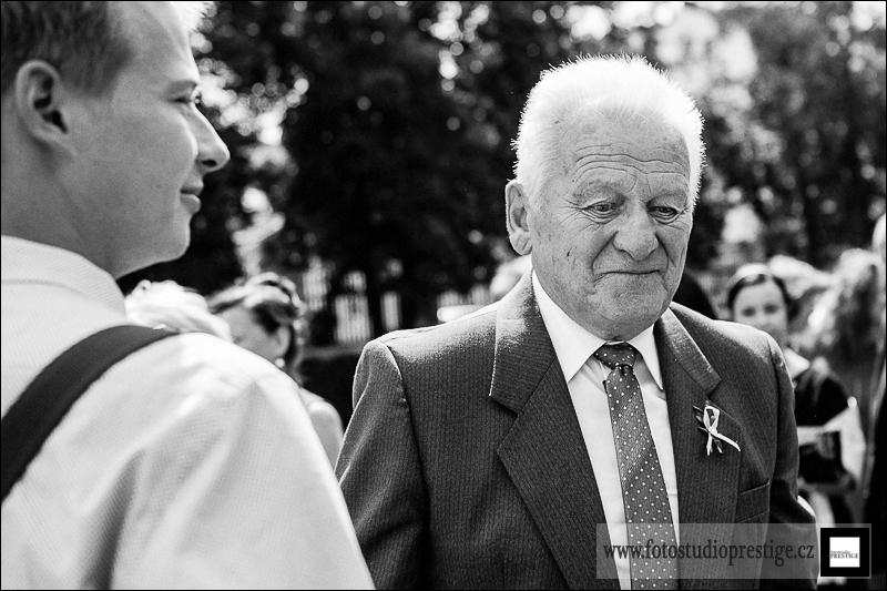 Svatebni fotograf Bruntál (59)